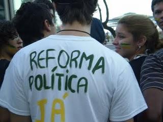 PT do Paraná discute hoje a reforma política