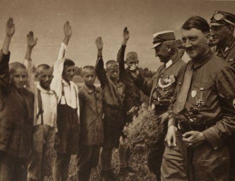 adolf_hitler_unpublished_dz2l9_640_05