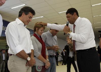 Gov. Beto Richa participa da inauguração do Templo Cidade Mund
