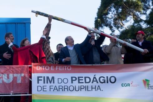 Tarso Genro levanta cancela e acaba com privatização