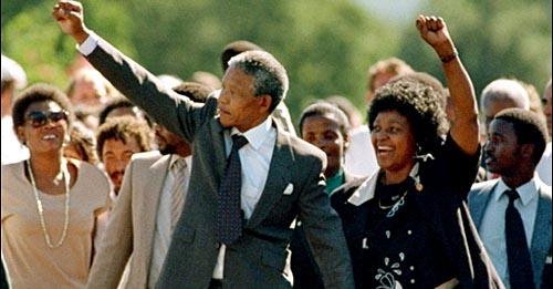 Mandela quando foi libertado da prisão em 1990