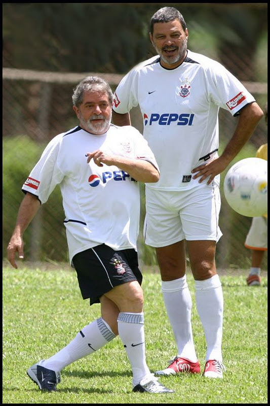 Luiz-Inacio-Lula-da-Silva-e-o-Dr-Socrates