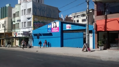557120748-campanha-eleitoral-apaga-grafite-d-2452943562