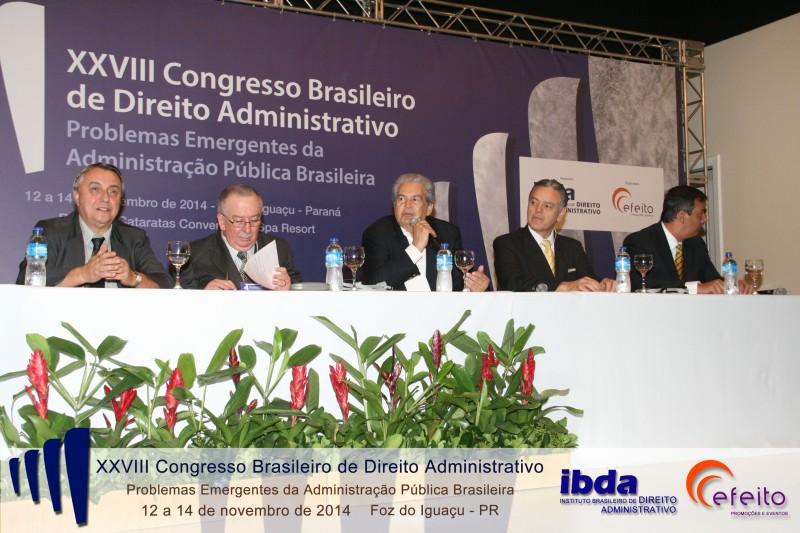 Mesa de abertura do XXVIII Congresso Brasileiro de Direito Administrativo