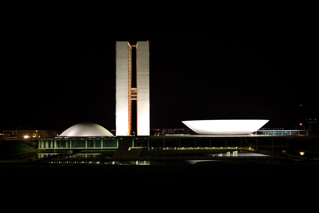 Congresso_Nacional_BR_noite