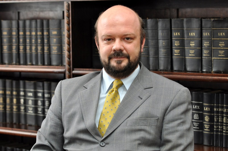 Ricardo-Marcelo-Fonseca-coordenador-jurídicas-02-05-2013-794