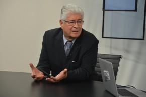 roberto_requiao_espaco_publico_credito_valter_campanato_agencia_brasil_medio
