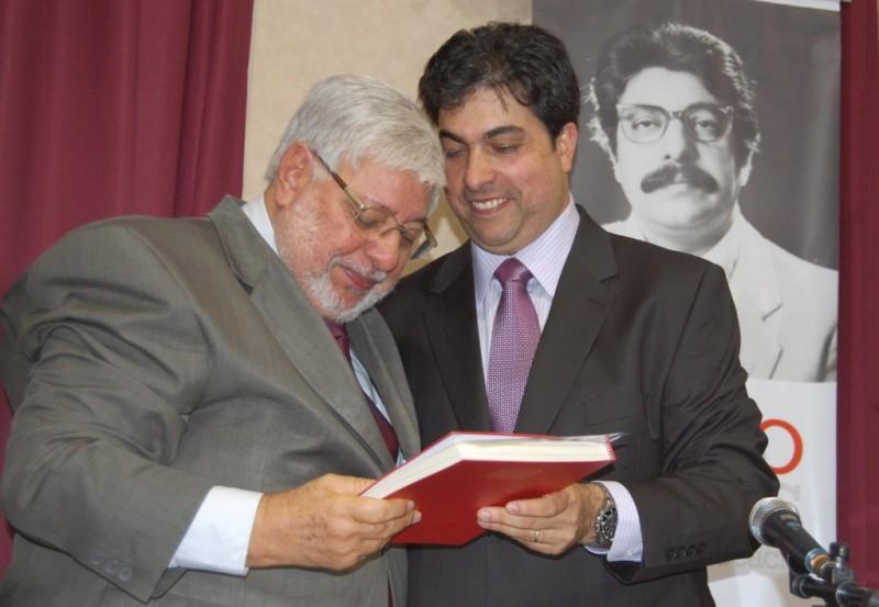 Edésio e André Passos, pai e filho, advogados em defesa dos trabalhadores