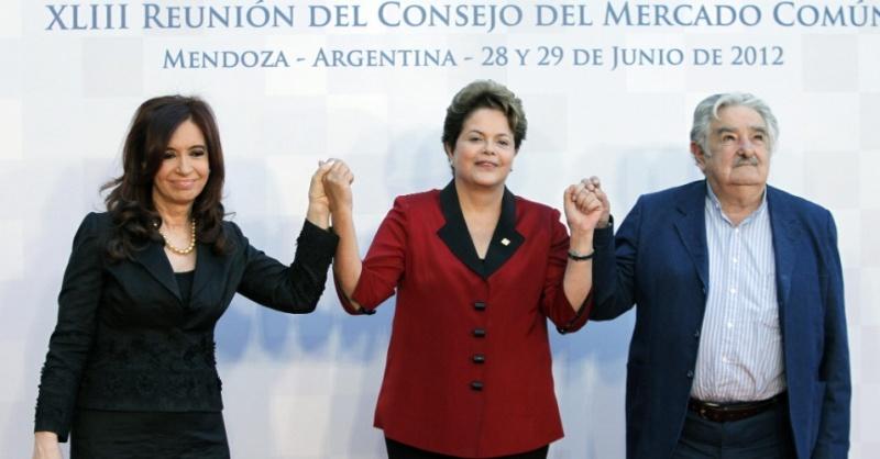 a-presidente-dilma-rousseff-a-presidente-da-argentina-cristina-kirchner-e-o-presidente-do-uruguai-jose-mujica